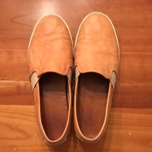 Frye Dylan Leather slip ons 8.5
